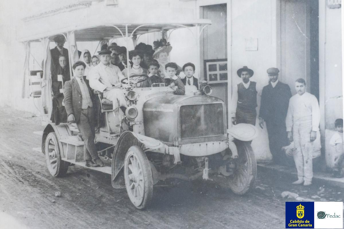 Autobuses / Guaguas 1900