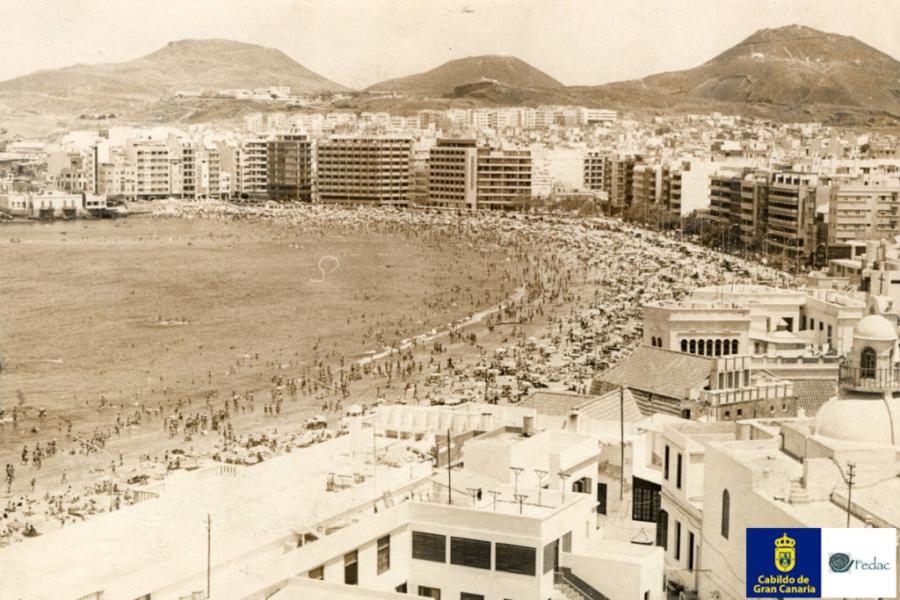 Playa Las Canteras, 1977