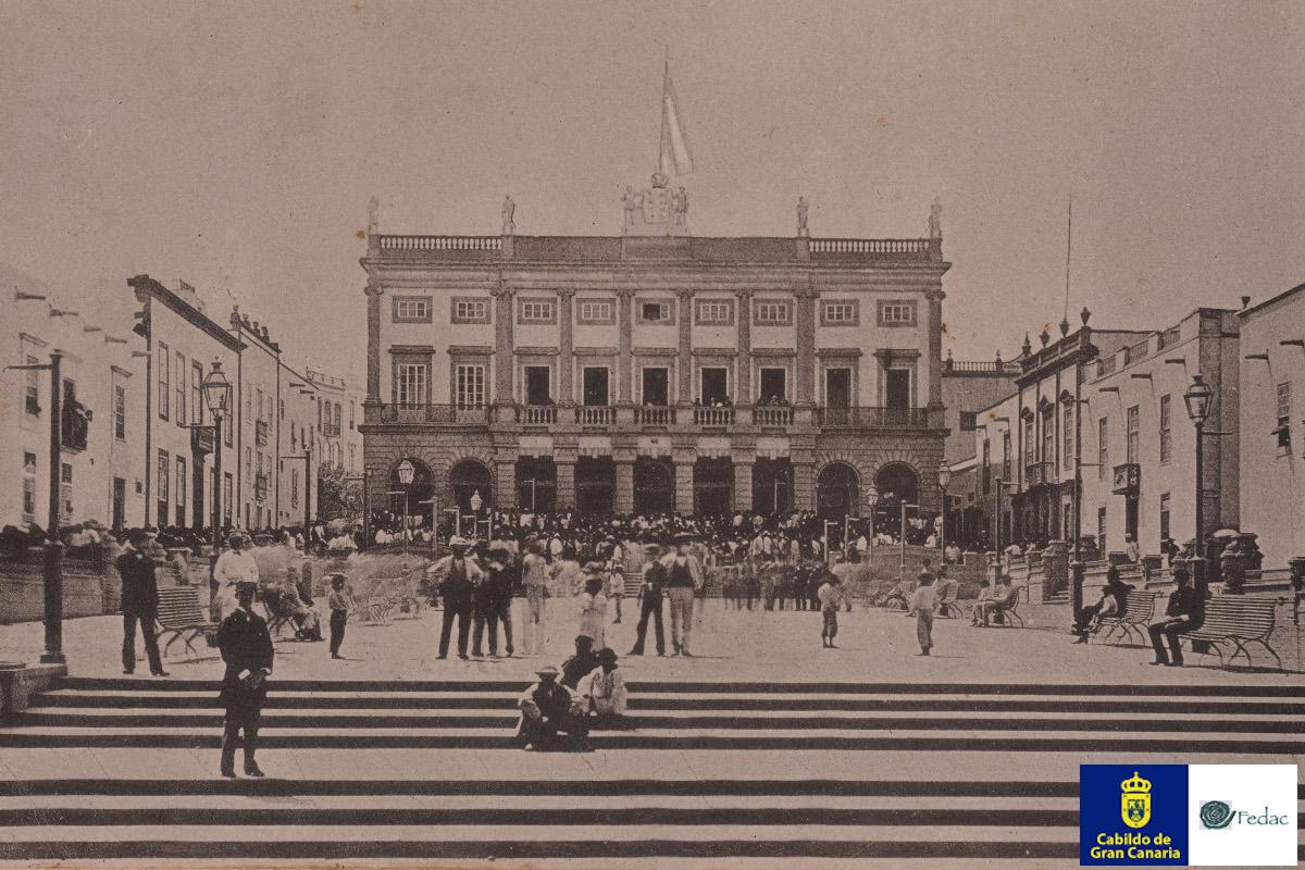 Plaza Santa Ana, 1900