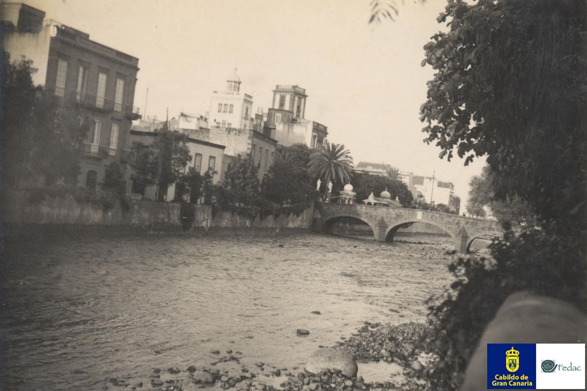 Puente de Piedra, 1926